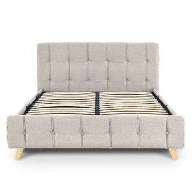 Lit coffre scandinave en tissu beige avec le sommier relevable 140 x 190 cm